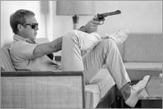 Leinwandbild  Steve McQueen mit Revolver - Celebrity Collection